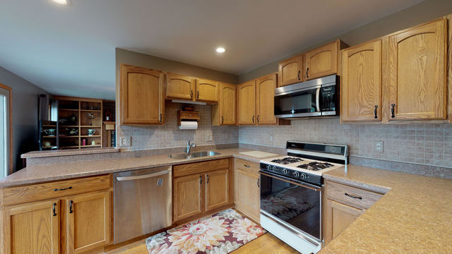 307 South Carriage Trail-6