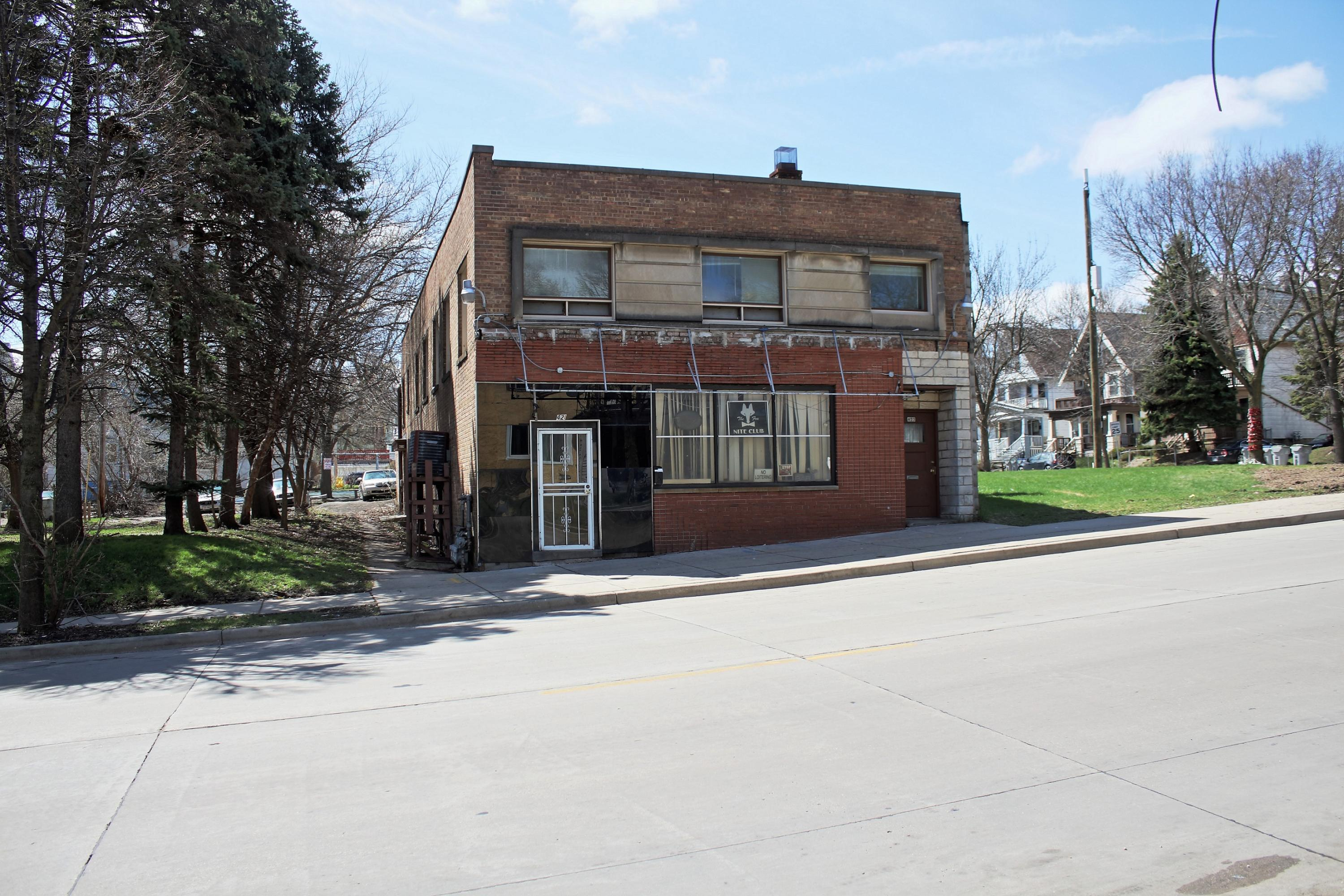 419 W Keefe Ave 423-1