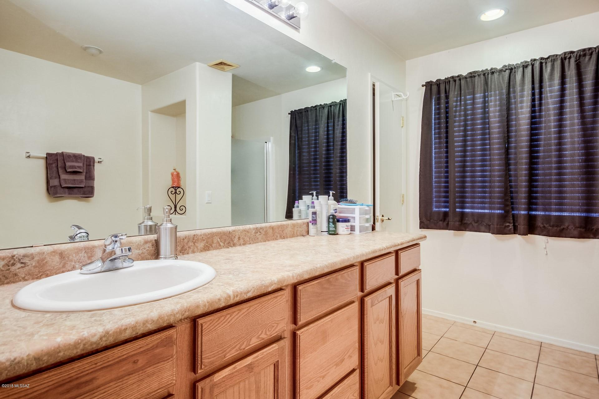 7240 S Millers Tale Drive-12