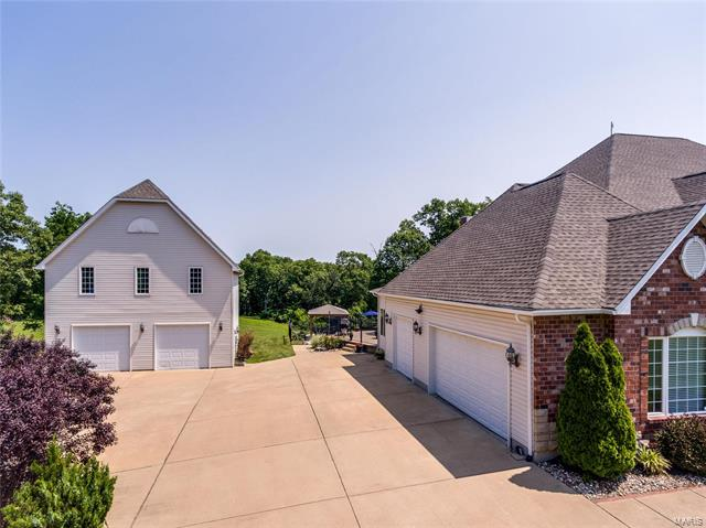 2640 Summit View  Drive -57