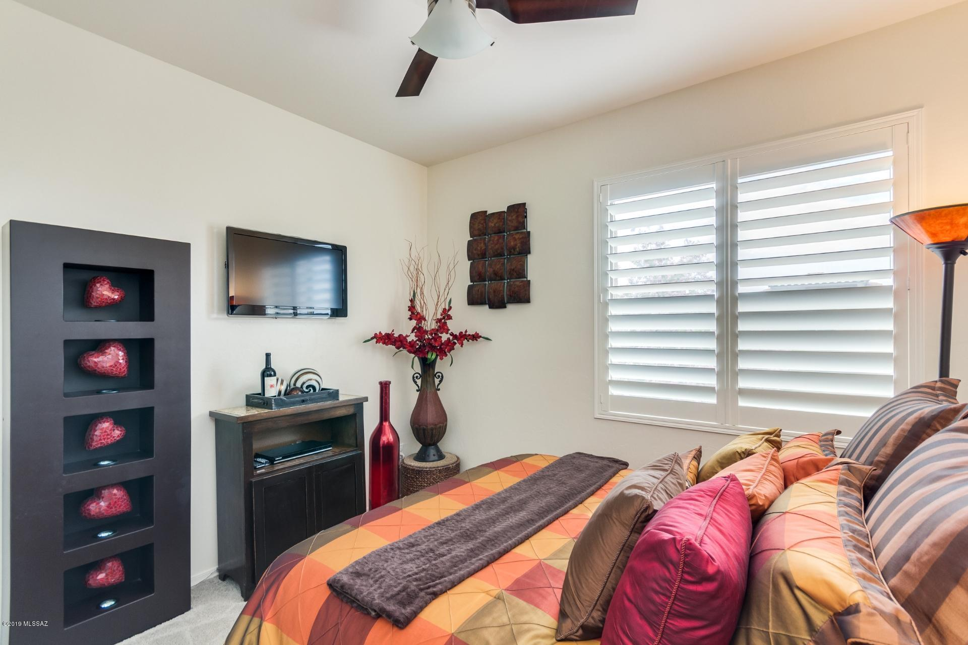 2256 W Floral Cliff Way-17